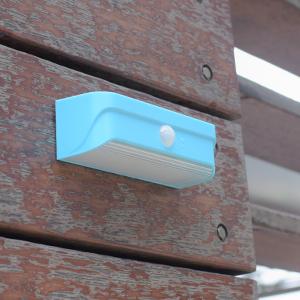 Mini-outdoor-solar-light-Blue-13