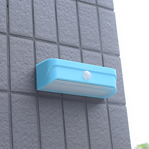 Mini-outdoor-solar-light-Blue-8