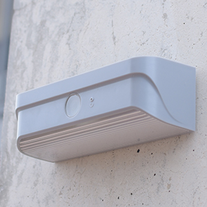 Mini-outdoor-solar-light-Grey7