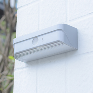 Mini-outdoor-solar-light-Grey10